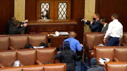 Estados Unidos: asalto al Capitolio deja 5 muertos hasta el momento