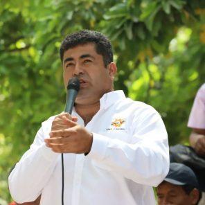 Santiago Neyra es el nuevo presidente del Consejo Regional de Arequipa