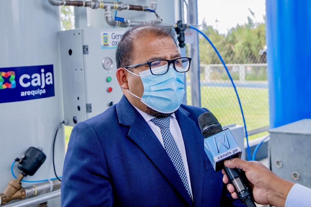 alcalde de arequipa omar candia vacunas de china