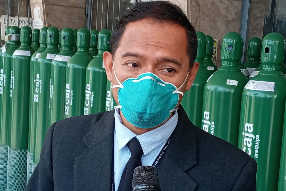 Director de hospital Covid Arequipa niega que 80 médicos rechazaran vacuna