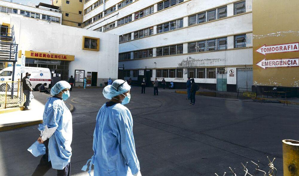 Suicidio de paciente con covid-19 en hospital Honorio Delgado de Arequipa.