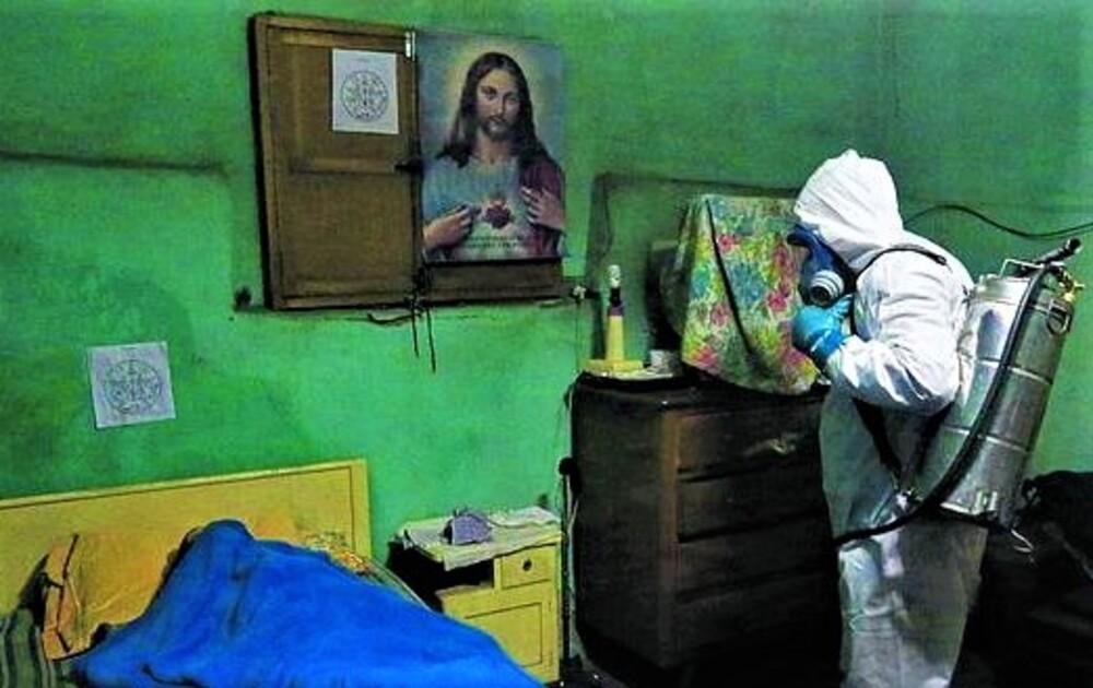 Recojo de cadáveres de domicilios en Arequipa, por covid-19.