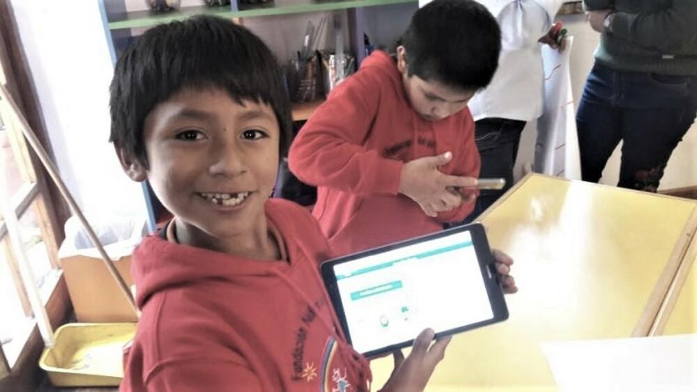 Tablets para alumnos de Arequipa.