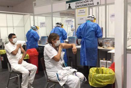 Arequipa: hospital COVID y otros centros de salud completaron vacunación