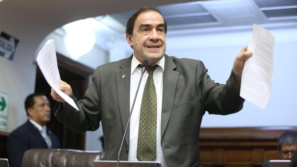 Yohny Lescano lidera encuesta para Elecciones 2021.