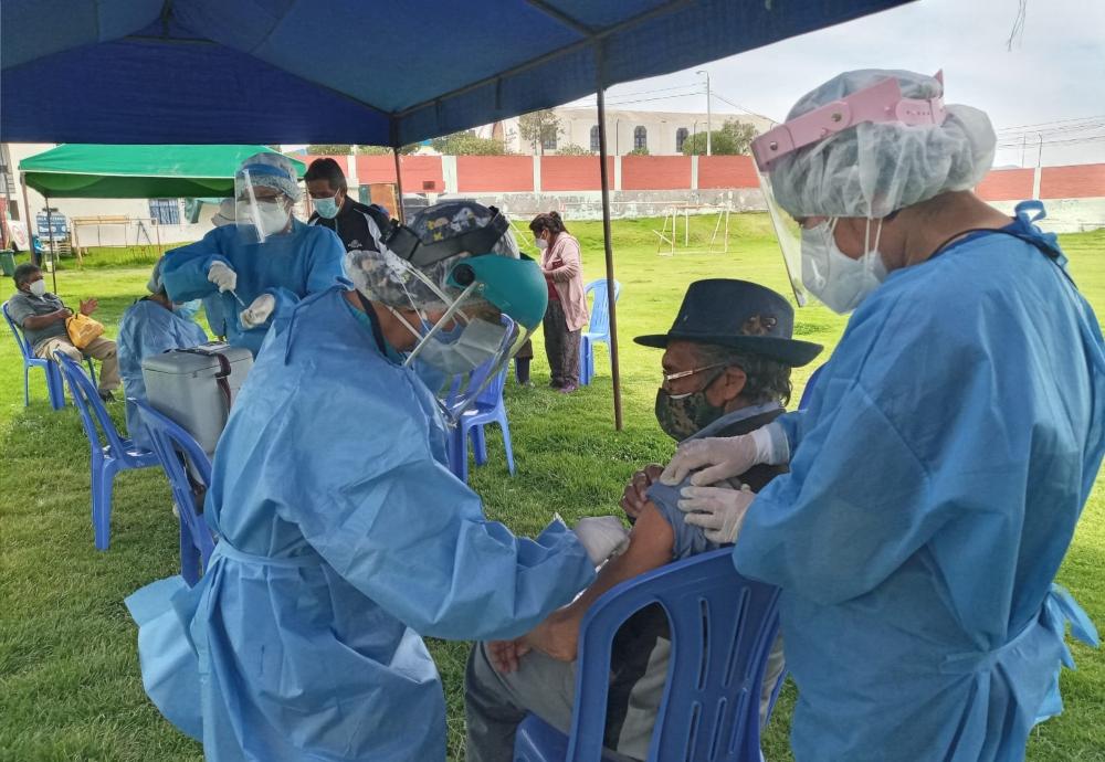 Arequipa: mayores de 60 años de 33 distritos recibirán vacuna contra covid-19