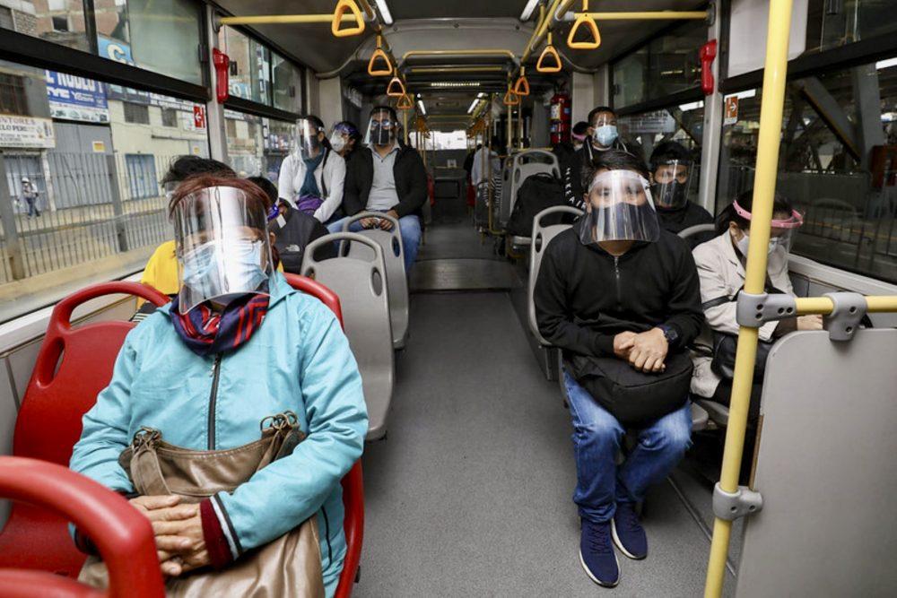 Conoce AQUÍ cómo prevenir la covid-19 en el transporte público