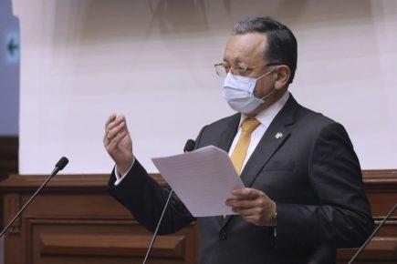 Edgar Alarcón logra aplazar sesión donde verían denuncia por enriquecimiento ilícito