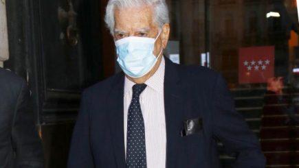 """Vargas Llosa dice Keiko Fujimori representa """"mal menor"""" y llama a votar por ella"""