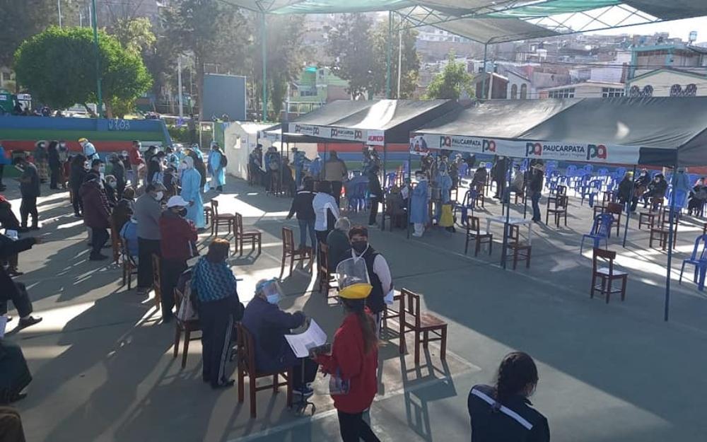 Arequipa: más de 8 mil adultos mayores vacunados en dos días de campaña