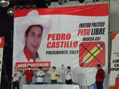 Pedro Castillo fustiga a la prensa nacional por actitud frente a su candidatura
