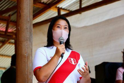 """Keiko Fujimori: """"Yo haré 3 mil colegios en un gobierno nuestro"""""""