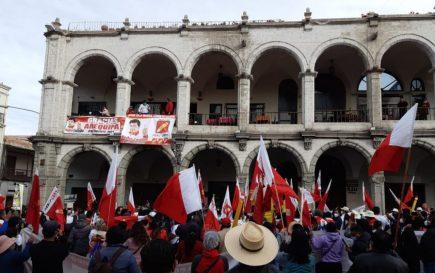 Mitin: Pedro Castillo reafirma que se respetarán propiedad privada y ahorros