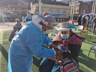 Arequipa vacunacion adultos mayores