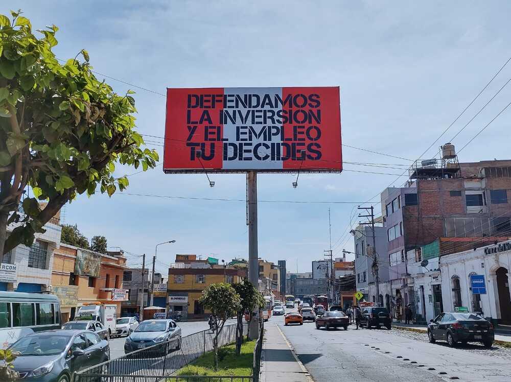 Campaña anticomunista en Arequipa, contra Pedro Castillo, a favor de Keiko Fujimori.