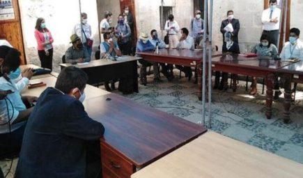 Arequipa: acusaciones entre alcaldes y consejeros por presunta negativa de presupuesto