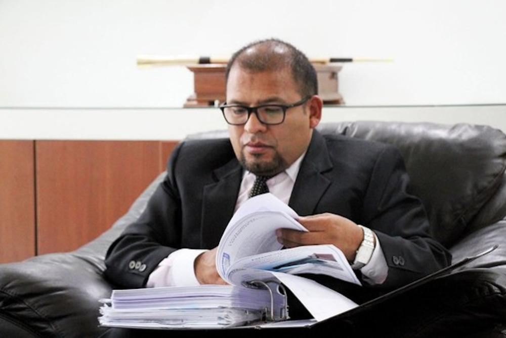 Juicio a alcalde de Arequipa, Omar Candia.