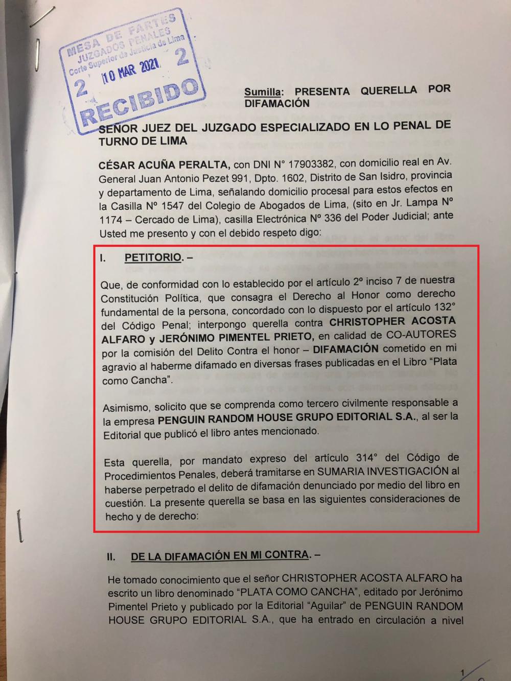 Documento de la denuncia presentada por César Acuña contra Cristopher Acosta y la editorial Penguin Random House