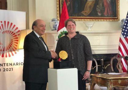 """La """"placa de Echenique"""", símbolo del imperio Inca, retornará al Perú"""