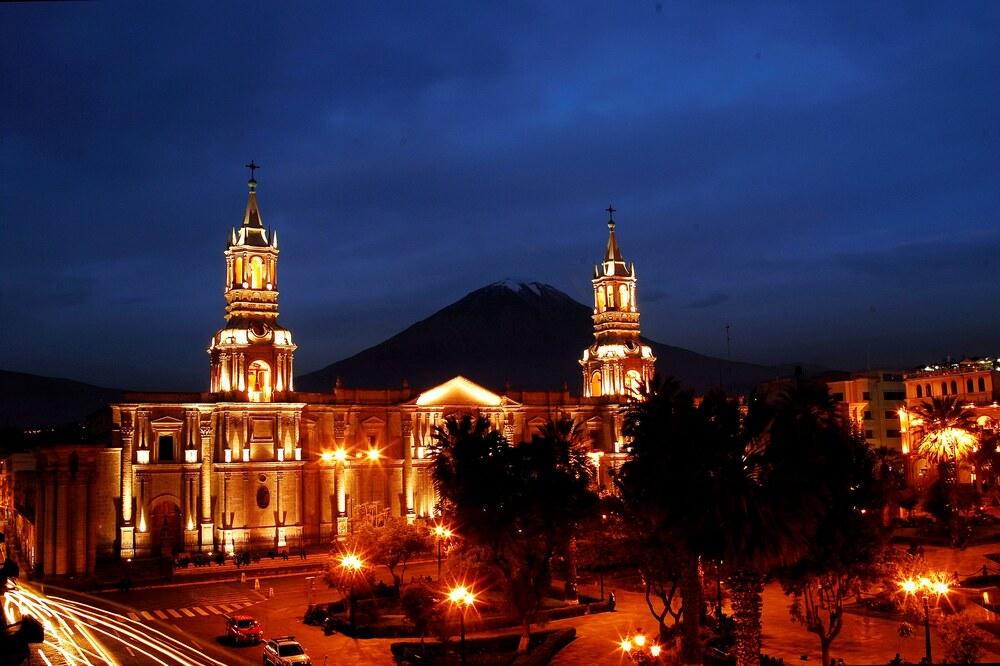 Peruanos pueden volver a viajar dentro del país, tras reactivación de turismo.