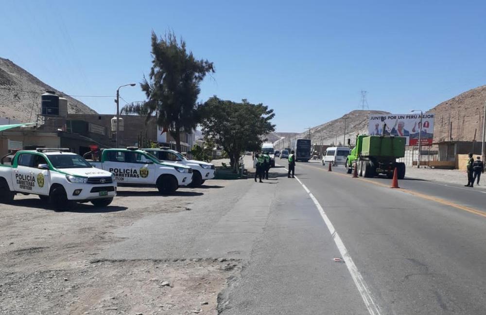 Arequipa: PNP interviene hasta 20 vehículos diarios en las carreteras