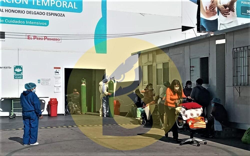 Arequipa: Honorio Delgado se desborda por covid-19, pacientes esperan en exteriores.