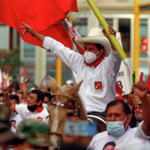 ¿Quién es Pedro Castillo, el nuevo presidente del Perú?