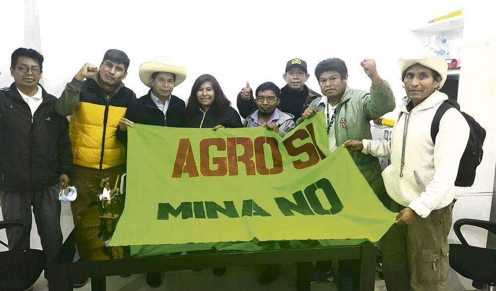 Reunión de Pedro Castillo y dirigentes del movimiento en contra del proyecto minero Tía María