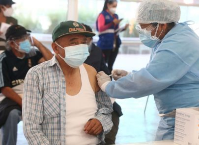 Arequipa: Aquí centros de vacunación para mayores de 60 en 4 distritos