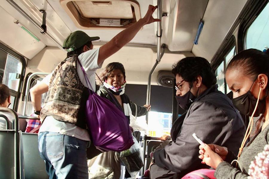 arequipa pasajeros de pie buses sit referencial