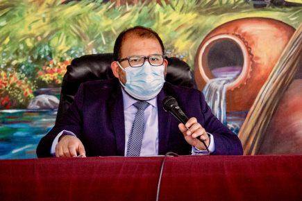 "Arequipa: alcalde Omar Candia en contra de rechazo ""dogmático"" al gabinete Bellido"