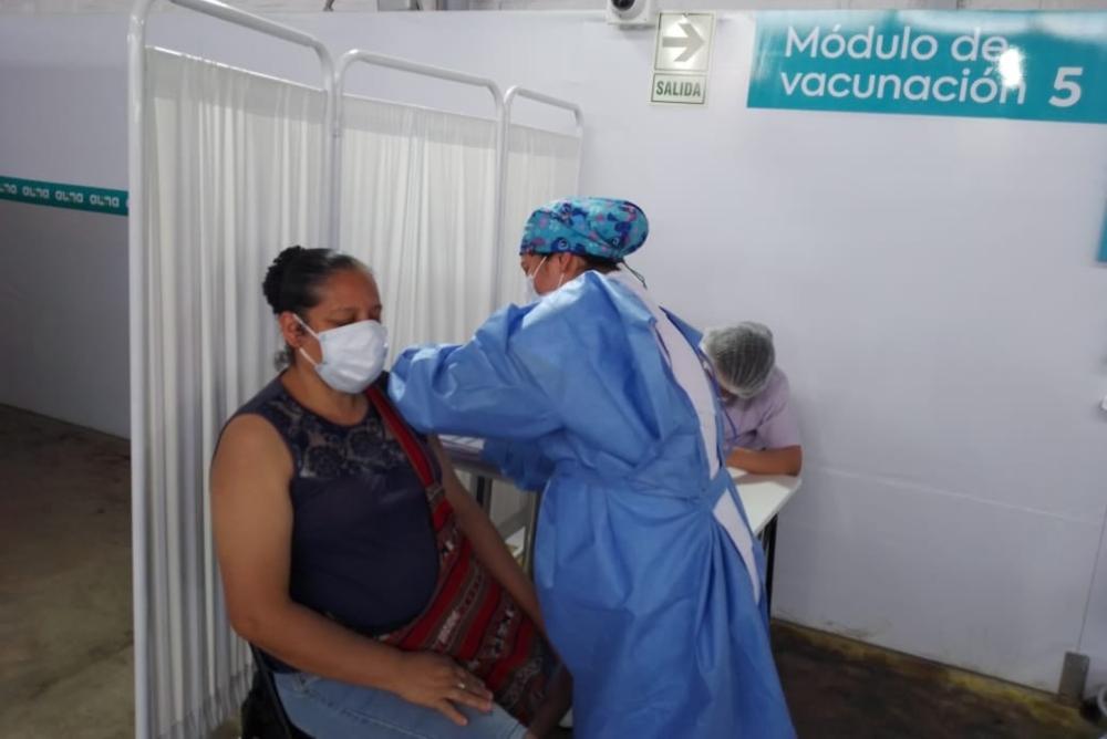 Poca afluencia de personas en los puntos de vacunación se registro en Piura. Foto: Diresa Piura