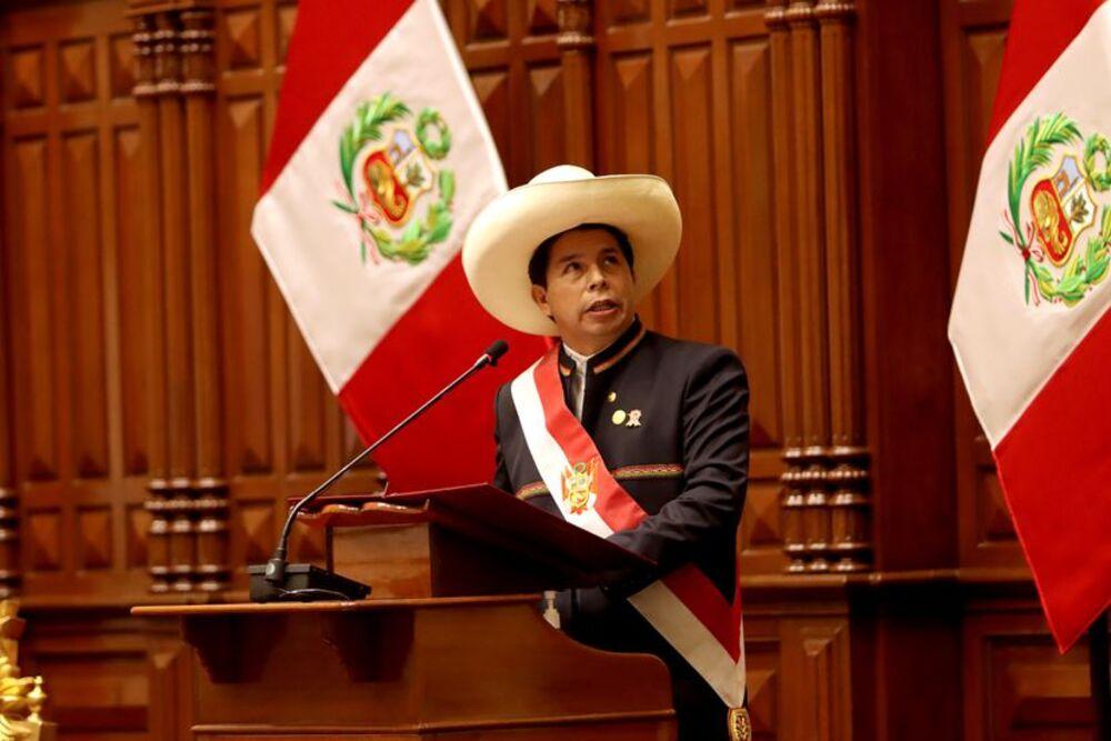 Rumores de vacancia y desafío de Cerrón al Congreso, al tercer día de gobierno de Pedro Castillo.