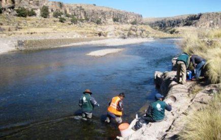 Denuncian mineras en Caylloma por  impactos ambientales en operación