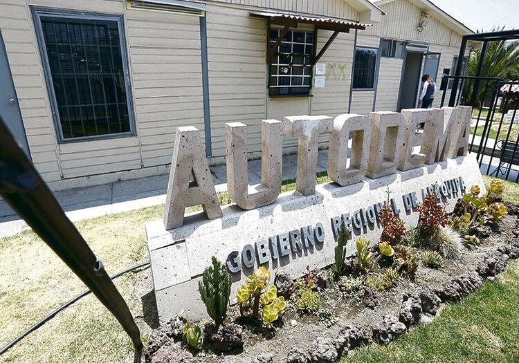 Autodema en irregularidades en compra, en Arequipa.