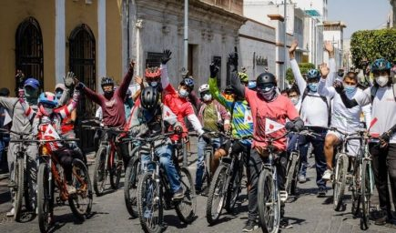 Arequipa: organizan 'Bicitour' por el mes de la juventud, impulsando el turismo