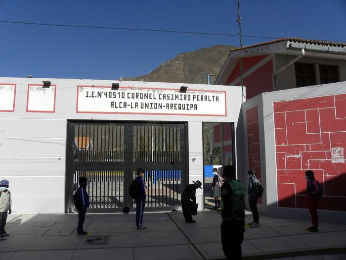 Cotahuasi: Niños regresan contentos al colegio y padres tienen sentimientos encontrados