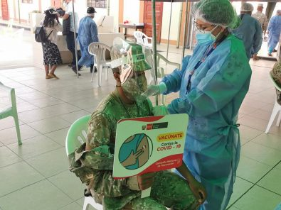 Sigue con entusiasmo la Vacunafest en Arequipa para jóvenes de 18 a 28 años