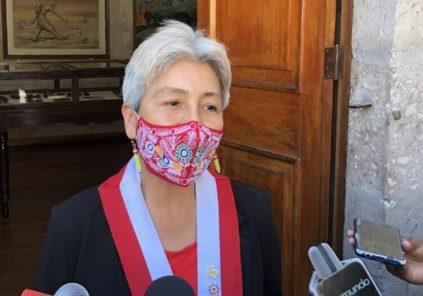 """Parlamentaria por Arequipa María Agüero: """"Sueldo de congresista no me alcanza"""""""