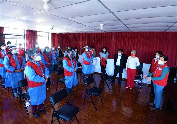 Ministra de la Mujer supervisa Centros de Emergencia Mujer en Arequipa