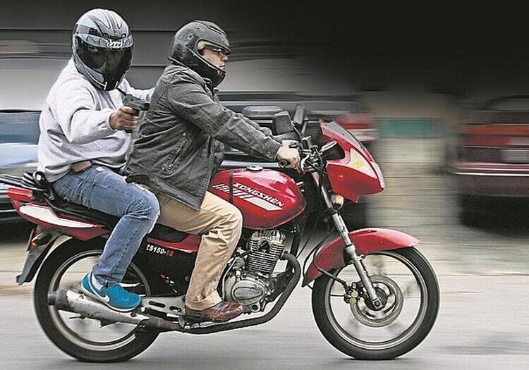 Arequipa: dos extranjeros sentenciados por robo a mano armada en moto, en Miraflores.