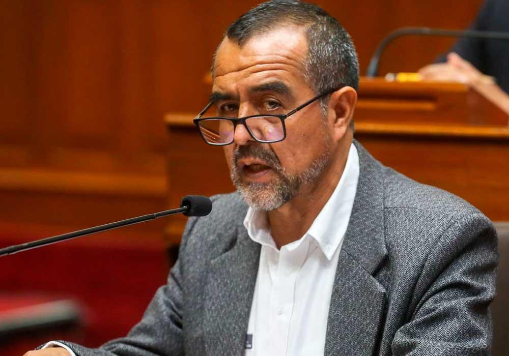 Iber Maraví: Recolectan firmas para moción de censura tras interpelación
