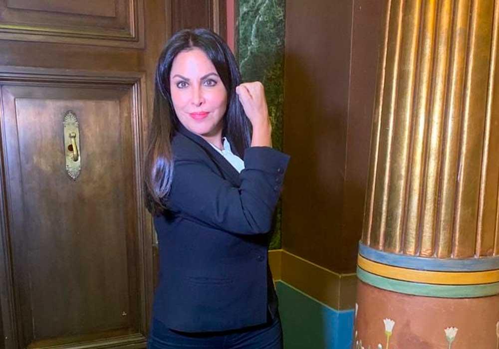 """Patricia Chirinos, la """"superwoman"""" del Congreso (VIDEO)"""