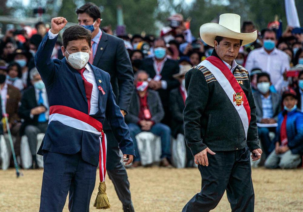 """Pedro Castillo confirma renuncia de Guido Bellido: """"Es momento de poner al Perú por encima de ideologías"""""""