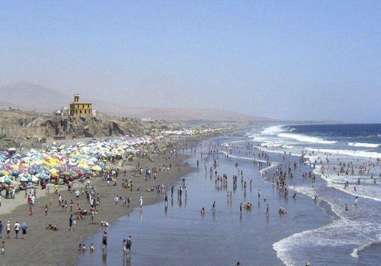 Alcalde de Islay pide apoyo para restringir uso de playas a personas no vacunadas