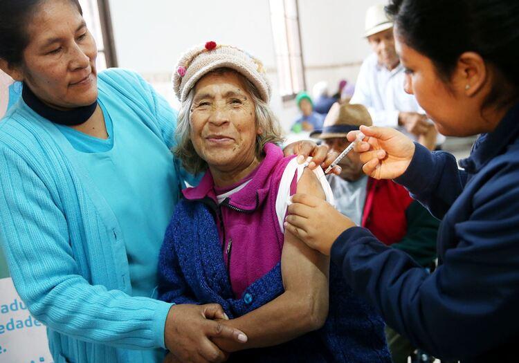 Arequipa: confirmada la tercera dosis para adultos mayores de 65 en noviembre